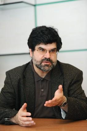 Ph. Foucras : « Médicaments antialzheimer : on n´est pas passé loin du retrait du marché ! »